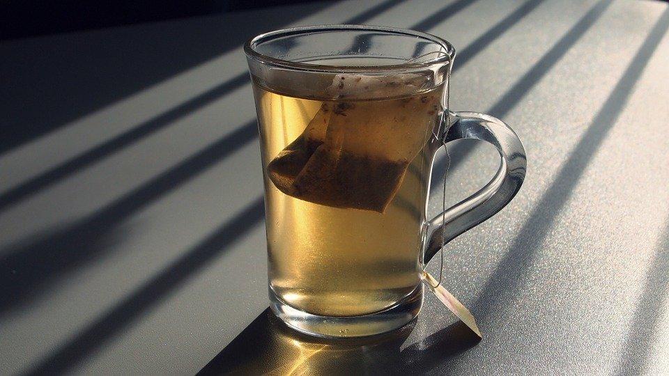 какое вещество есть в чае