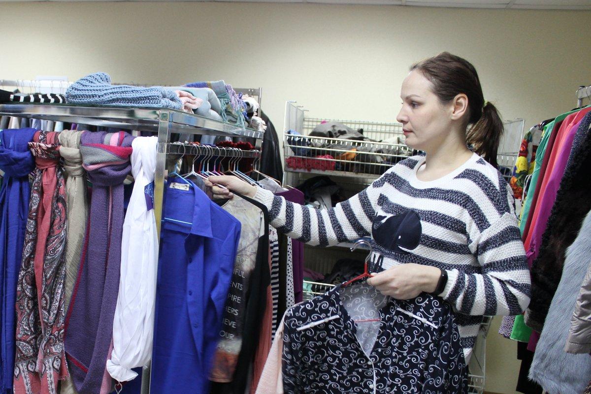 Стартап или благотворительность: в Нижнем Новгороде открылся магазин с бесплатной одеждой - фото 2