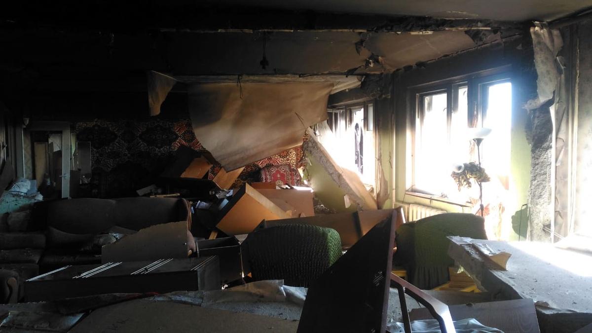 Пострадавшие от взрыва газа в доме на улице Краснодонцев семьи получили помощь в размере 1,2 млн рублей - фото 1