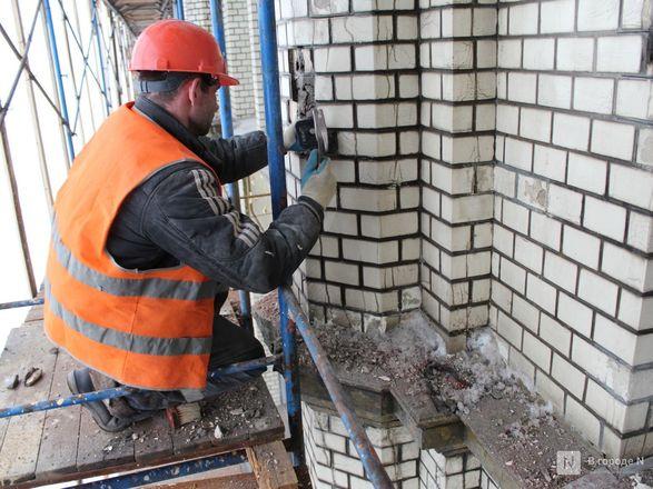 Инъекция для стен: как идет реставрация фасада нижегородской фабрики «Маяк» - фото 15