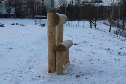 Скамейки у нижегородской канатки удивили пользователей соцсети