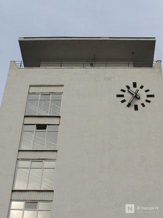 Хранители времени: самые необычные уличные часы Нижнего Новгорода - фото 43
