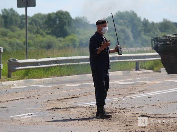 Танкисты в масках: первая репетиция парада Победы прошла в Нижнем Новгороде - фото 44