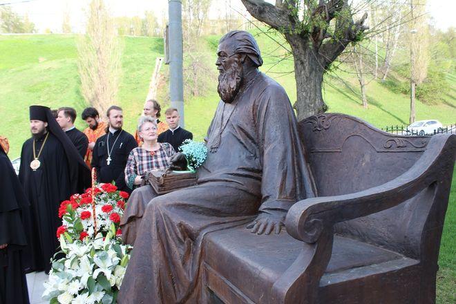 Памятник митрополиту Николаю появился в Нижнем Новгороде - фото 11