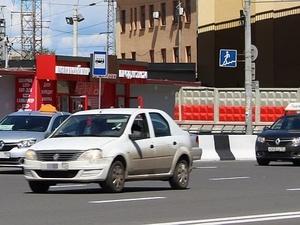 Нижегородские депутаты направят обращение по оптимизации работы такси в Госдуму