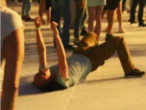 Лобода разыскивает «лежачего» фаната с концерта в Нижнем Новгороде