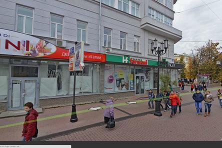 Входы магазинов и кафе на Большой Покровской приведут к единому стилю