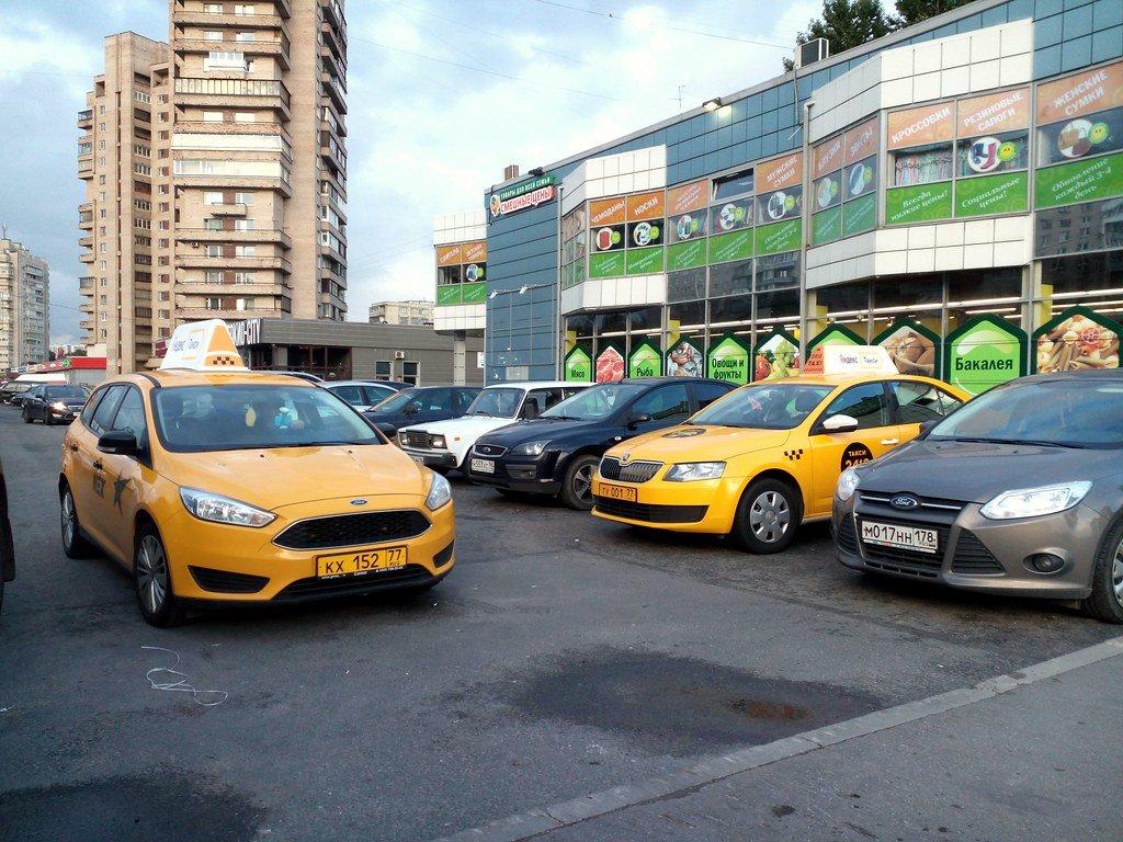 Россияне лишатся дешевого такси - фото 1