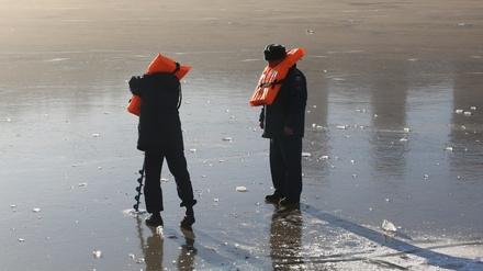 Спасатели назвали, на каких нижегородских водоемах лед толще всего