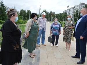 Глава Московского района назвал фонтан в сквере Грабина источником опасности