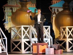 «Красавец мужчина» выходит на сцену нижегородского театра оперы и балета (ФОТО)