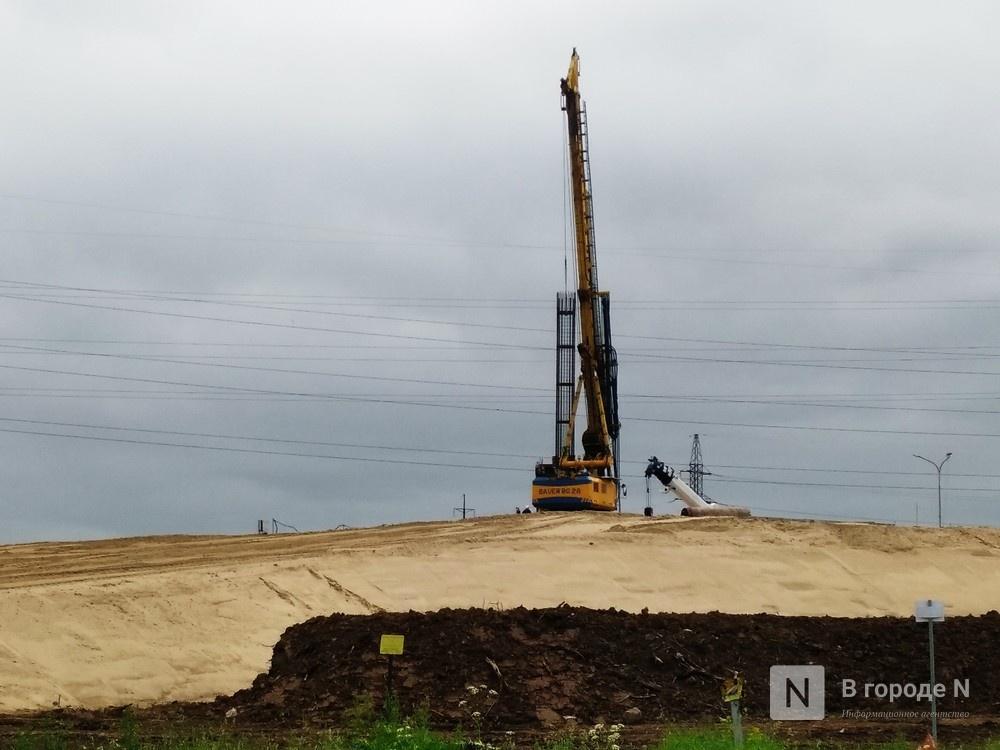 Из-за неурегулированных земельных отношений остановилось строительство развязки в Ольгине